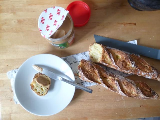 Beurre de cacahouètes et pain de maïs